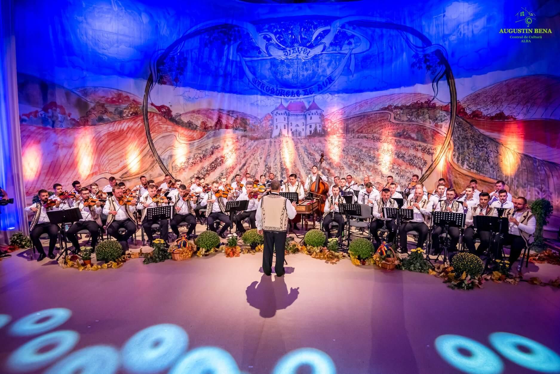 """Cea de-a XX-a ediție a Festivalului Național de Folclor """"Strugurele de Aur"""" se va desfășura în septembrie 2021"""